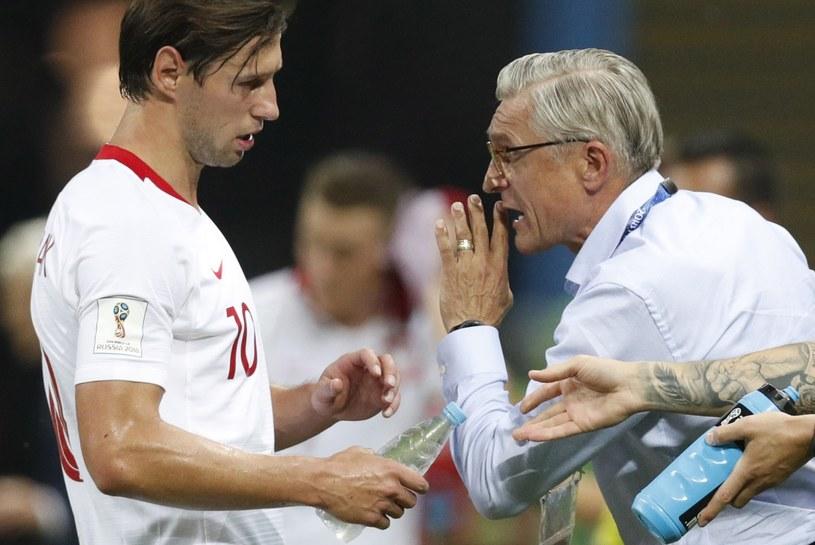 Grzegorz Krychowiak i Adam Nawałka podczas meczu z Kolumbią. /ROBERT GHEMENT /PAP/EPA