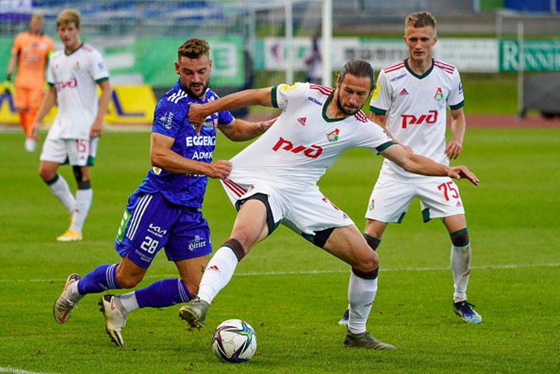 Grzegorz Krychowiak (w białym stroju) /Markus Tobisch/SEPA.Media /Getty Images