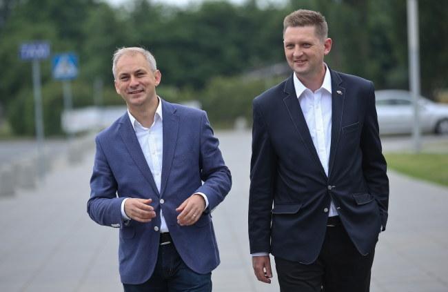 Grzegorz Napieralski i Andrzej Rozenek /Rafał Guz /PAP