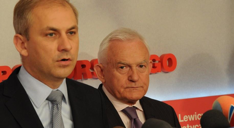 Grzegorz Napieralski i Leszek Miller /Marcin Bielecki /PAP