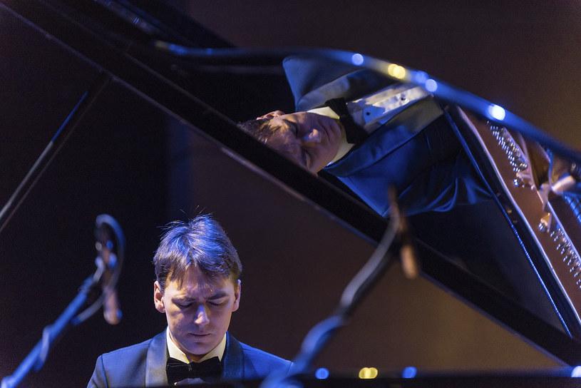Grzegorz Niemczuk należy do najbardziej aktywnych polskich pianistów klasycznych młodego pokolenia /materiały prasowe