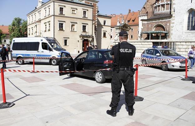 Grzegorz S., napastnik z Wawelu, trafił do policyjnej izby zatrzymań /Policja