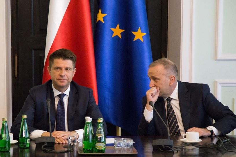 Grzegorz Schetyna i Ryszard Petru /fot. Maciej Luczniewski/REPORTER /East News