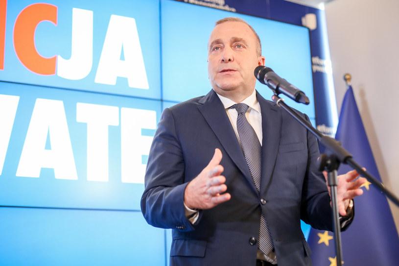 Grzegorz Schetyna podczas konferencji prasowej /fot. Andrzej Iwanczuk/REPORTER /Reporter