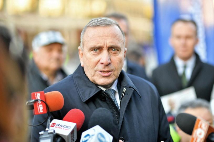 Grzegorz Schetyna podczas konferencji prasowej /Sebastian Borowski /PAP