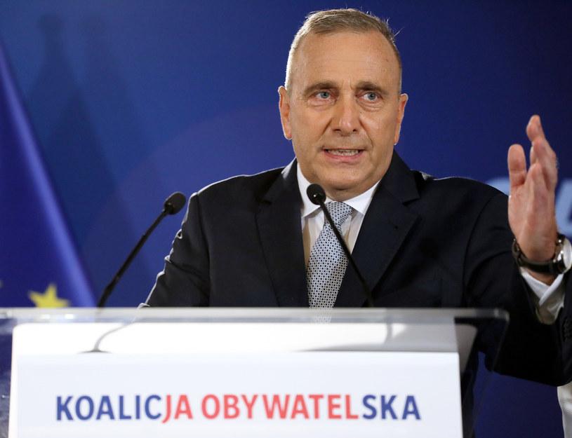Grzegorz Schetyna podczas ogłaszania list /Jakub Kamiński   /East News
