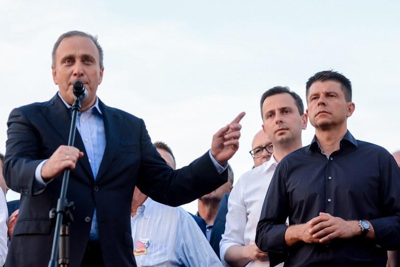 Grzegorz Schetyna, Władysław Kosiniak-Kamysz i Ryszard Petru /Mateusz Gaczynski /East News