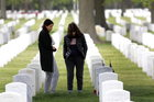 Gubernator Nowego Jorku: Odwdzięczymy się rodzinom osób, które zmarły walcząc z koronawirusem