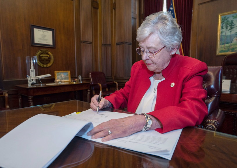 Gubernator stanu Alabama Kay Ivey /ALABAMA GOVERNOR OFFICE HANDOUT /PAP/EPA