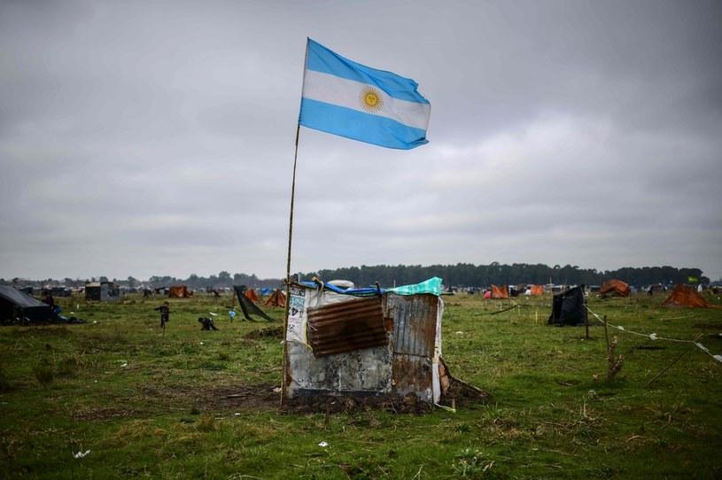 Guernika koło Buenoas Aires. zamieszkuja tam ludzie wygnani z miasta przez pandemię i biedę /AFP