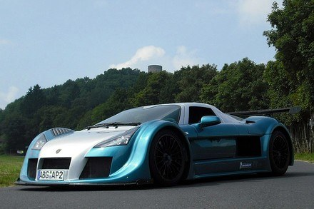 Gumpert apollo sport /