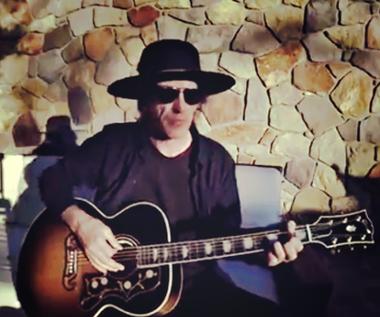 Guns N' Roses: Czemu nie ma Izzy'ego Stradlina?