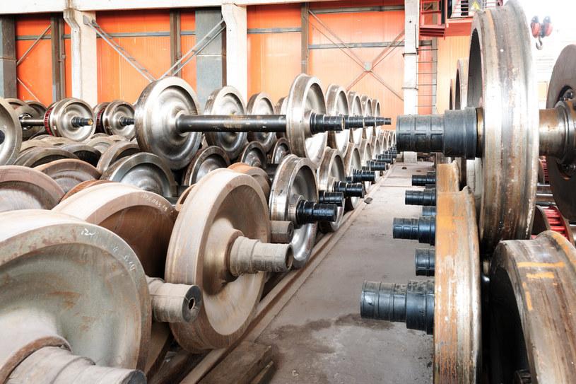 GUS podał dane o cenach produkcji i dynamice produkcji sprzedanej przemysłu /123RF/PICSEL