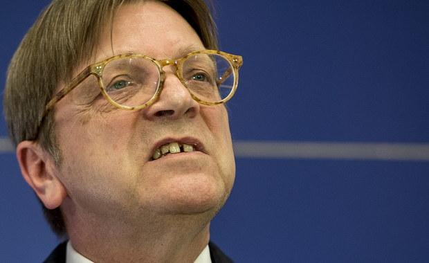 Guy Verhofstadt chce pilnego posiedzenia komisji PE w sprawie Polski