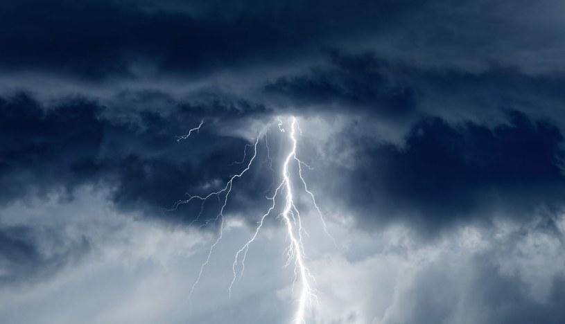 Gwałtowne burze przechodzą głównie przez wschodnią część kraju /123RF/PICSEL