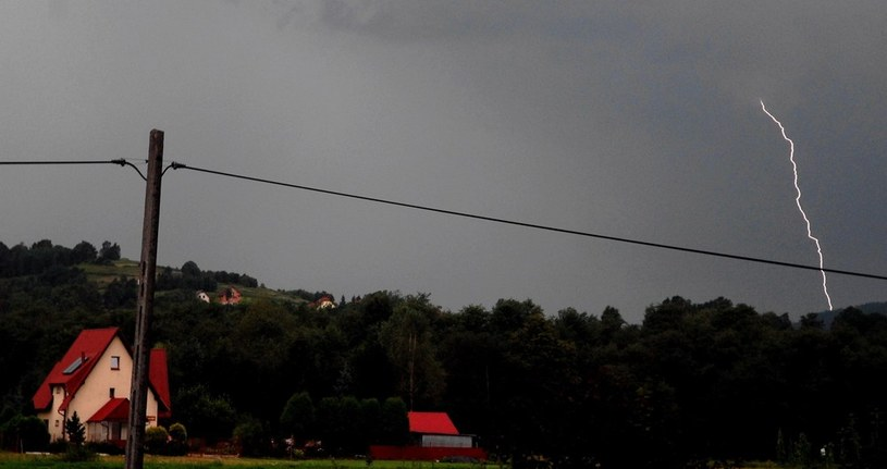 Gwałtowne burze przeszły nad Małopolską /M. Lasyk /Reporter