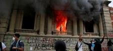 Gwatemala: Protestujący podpalili budynek parlamentu