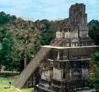 Gwatemala, Tikal, architektura Majów - Świątynia jaguara /Encyklopedia Internautica