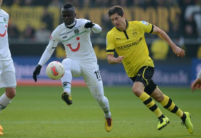 Gwiazda Borussii Dortmund Robert Lewandowski podczas meczu z Hannover 96 /AFP