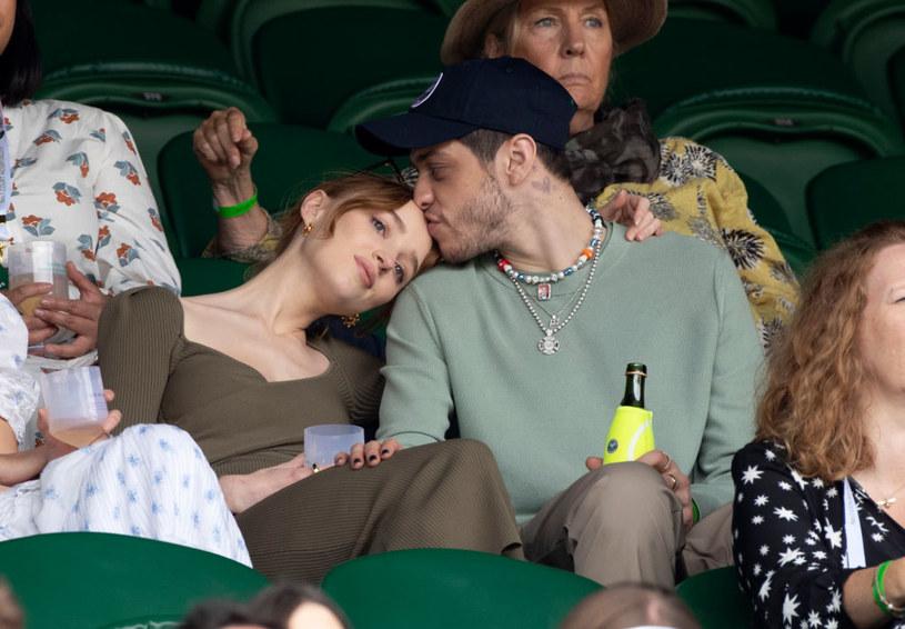"Gwiazda ""Bridgertonów"" na randce z Petem Davidsonem /Karwai Tang /Getty Images"