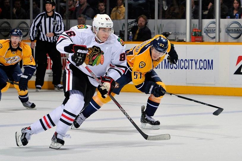 Gwiazdor Chicago Blackhawks Patrick Kane punktował w sześciu ostatnich meczach z rzędu /AFP