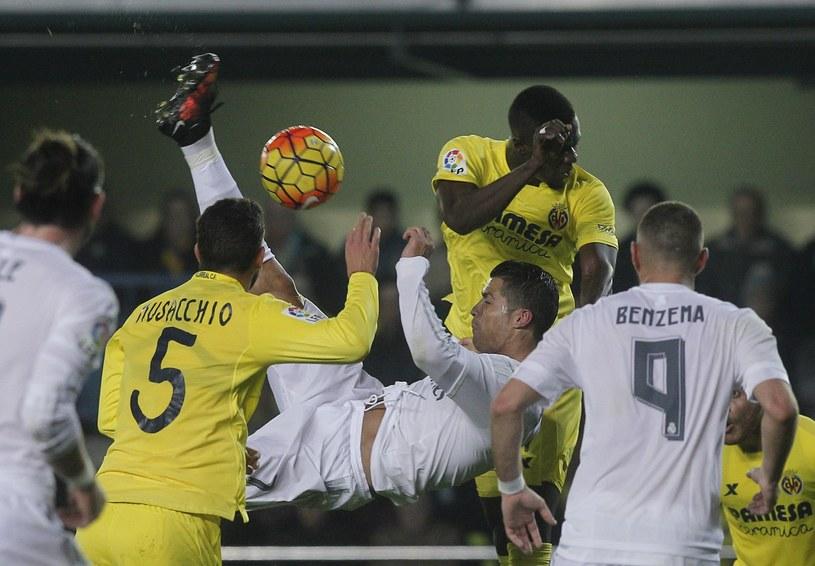 Gwiazdor Realu Madryt Cristiano Ronaldo podczas meczu z Villarrealem /AFP