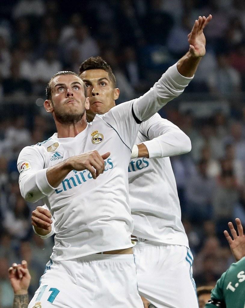 Gwiazdy Realu - Gareth Bale (z lewej) i Cristiano Ronaldo /PAP/EPA