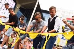 Gwiazdy RMF FM przecięły wstęgę. Zlot w Katowicach się rozpoczął
