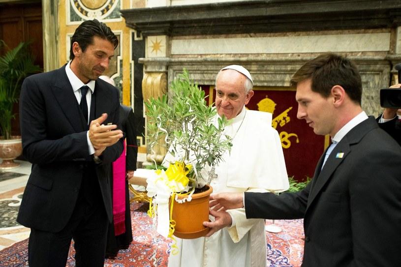 Gwiazdy światowego futbolu na audiencji u papieża /PAP/EPA