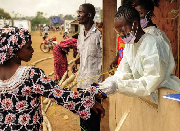 Gwinea: Kontrola na granicy z Liberią /ZOOM DOSSO /AFP