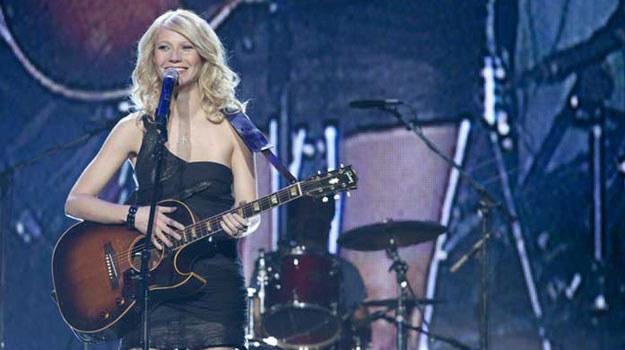 """Gwyneth Paltrow na planie filmu """"Country Strong"""" /materiały prasowe"""