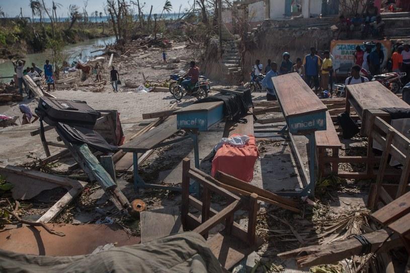Haiti po przejściu huraganu /PAP/EPA
