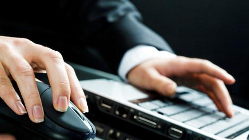 Hakerzy częściej atakują klientów niż banki