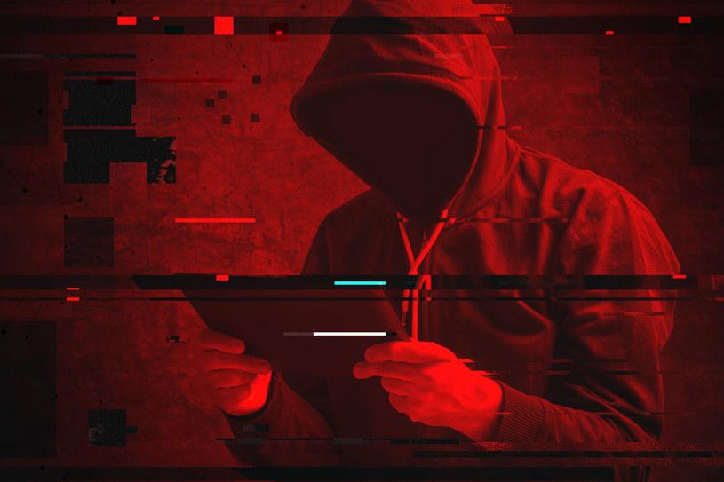 """""""Hakerzy-inwestorzy"""" okradli konta bankowe i kupili sztabki złota... /123RF/PICSEL"""