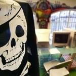 Hakerzy przeciwko piratom