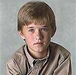Haley Joel Osment /