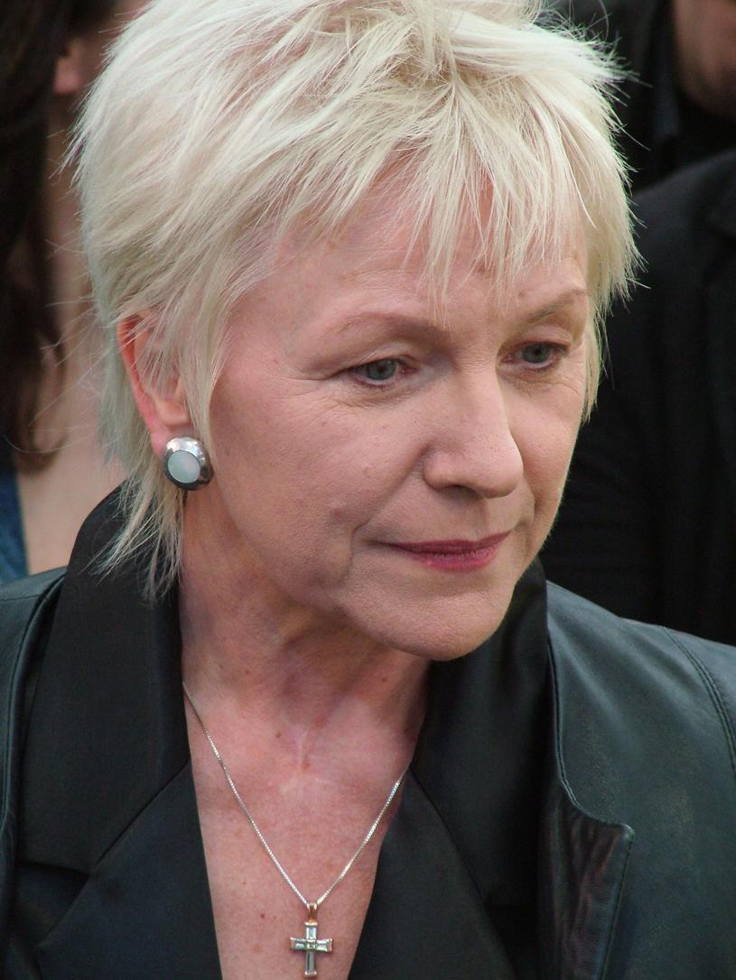 Halina Łabonarska przeżyła wiele ciężkich chwil w swoim życiu /Andrzej Wrzesiński /East News