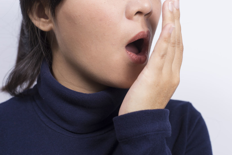 Halitoza stanowi coraz większy problem i dyskomfort /123RF/PICSEL