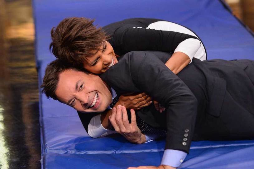 Halle Berry i Jimmy Fallon /Getty Images/Flash Press Media