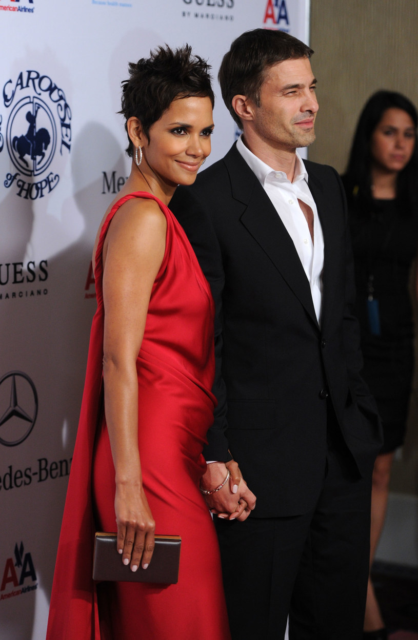 Halle Berry i Olivier Martinez /Frazer Harrison /Getty Images