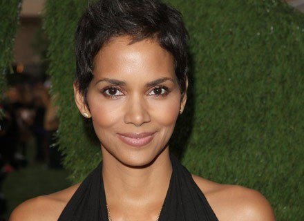 Halle Berry  stosuje dietę pięciu czynników /Getty Images/Flash Press Media