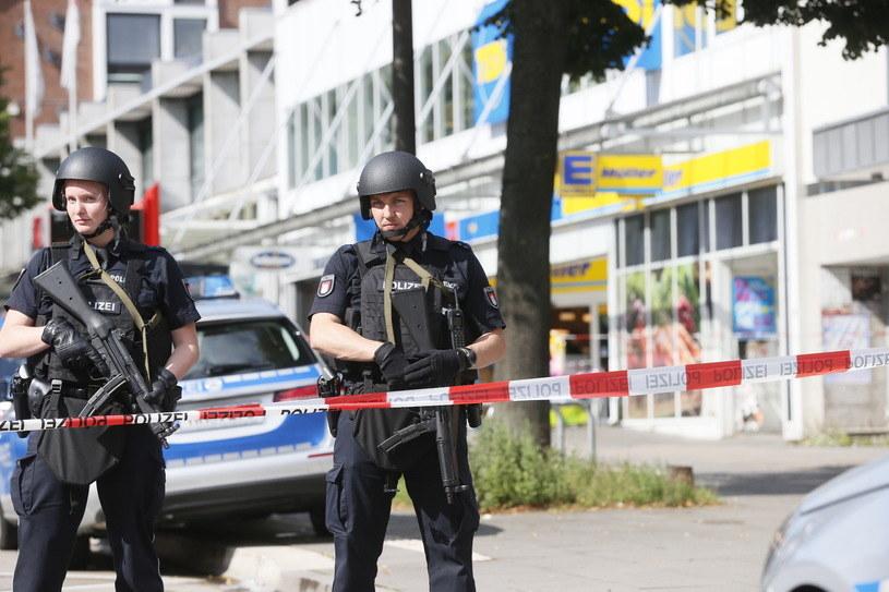 Hamburg. Policja na miejscu zdarzenia /AFP