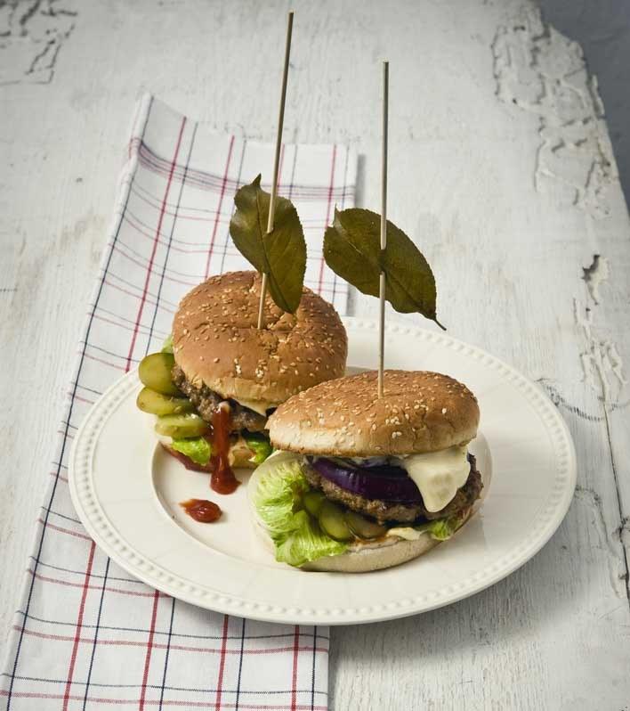 Hamburger według przepisu Magdy Gessler /Adam Sztokinier /materiały prasowe