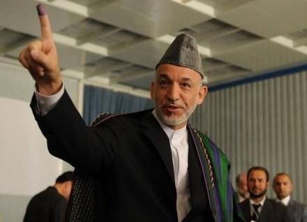 Hamid Karzaj po głosowaniu /AFP