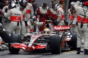 Hamilton kujonem F1