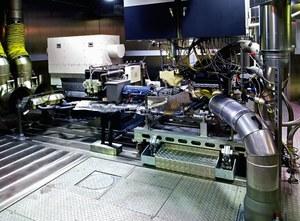 Hamownia silnikowa bada parametry jednostki napędowej po jej wymontowaniu z pojazdu. /BMW