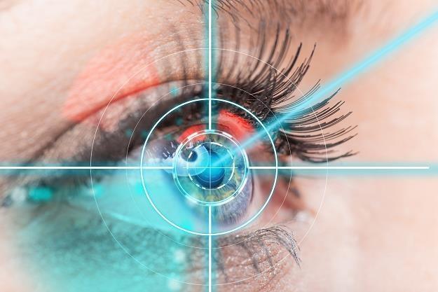 Handel szykuje śledzenie gałek ocznych /©123RF/PICSEL