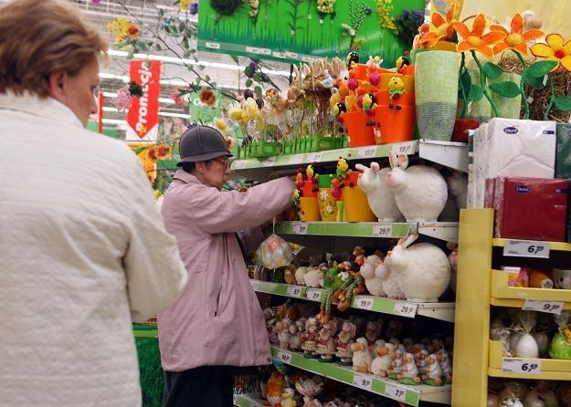 Handel wielkanocny jest mocno ograniczony. Fot. MARCIN SMULCZYŃSKI /Agencja SE/East News