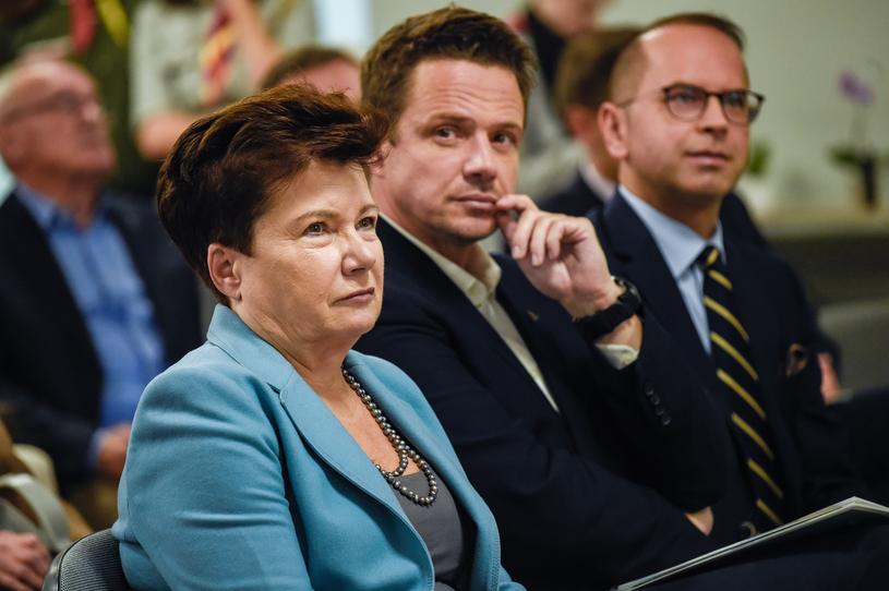 Hanna Gronkiewicz-Waltz i Rafał Trzaskowski na otwarciu domu wsparcia dla Powstańców Warszawskich /Agnieszka Sniezko /East News
