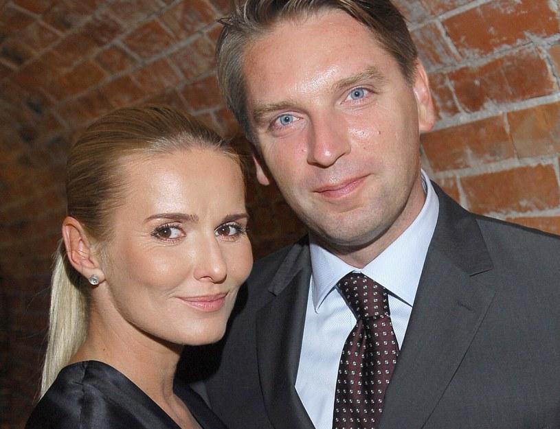 Hanna i Tomasz Lis przez lat byli jednym z najlepiej rozpoznawalnych małżeństw polskiego show-biznesu /Tricolors /East News